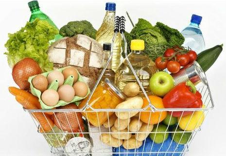 В українців відбирають право на їжу