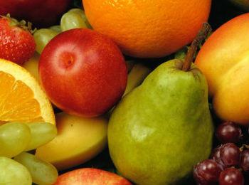 Через снігопади українці не смакуватимуть фруктами влітку