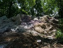 На смітнику під Дніпром знайшли мішки з мільйонами гривень (фото)
