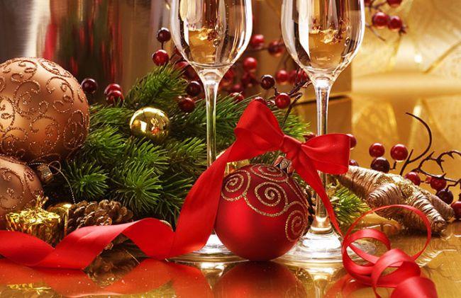 Скільки витрачають та що дарують українці на новорічні свята