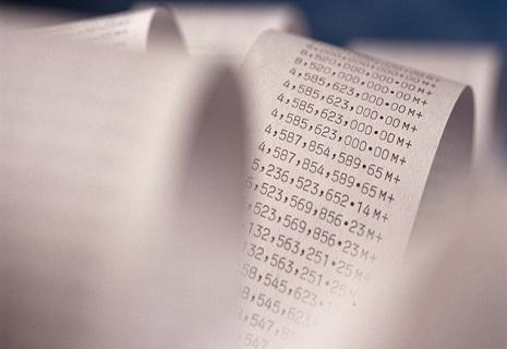 Зеленський підписав закони про е-чеки і кешбек