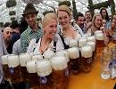 Найкращі епізоди з цьогорічного Октоберфест у Німеччині (ФОТО)