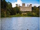 Найкрасивіші замки світу, в яких можна відпочити (Фото)