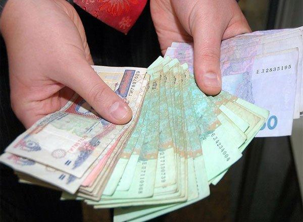 Нацбанк введе обмеження на готівкові розрахунки за дорогі товари