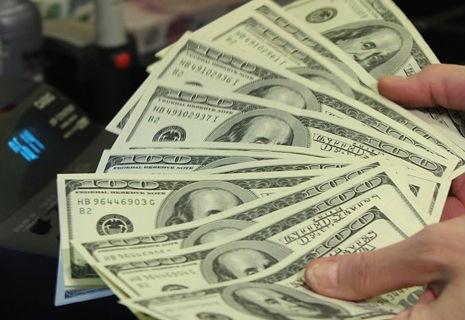 Українці відновили інтерес до депозитів у валюті