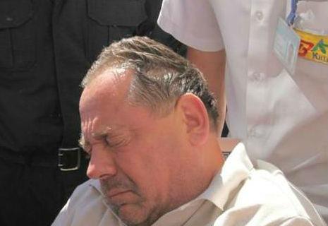Ректора-хабарника посадили під домашній арешт. Всі плакали (ФОТО)