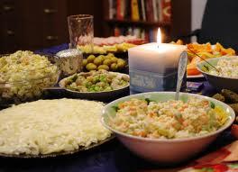 У новорічну ніч українці наїдять на 3,4 мільйони гривень