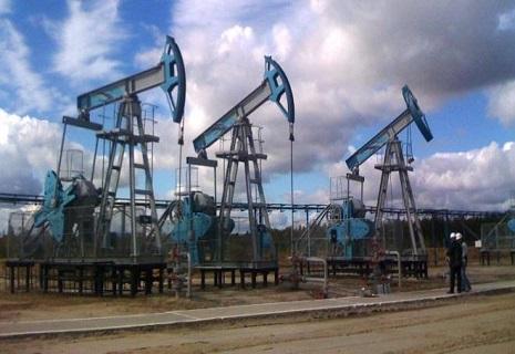 Нафта дешевшає разом з російським рублем