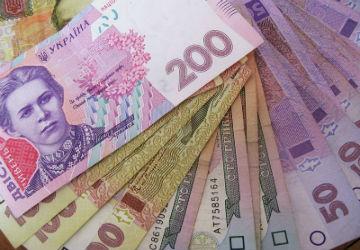 Нацбанк винен у дефіциті гривні
