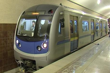 3331_poezd_almatinskogo_metro.jpg (104.18 Kb)