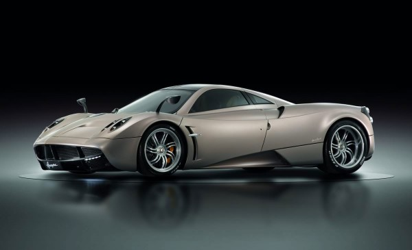 80_2013-pagani-huayra-in-studio.jpg (27.29 Kb)