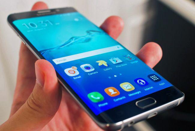 Samsung анонсував телефон, який розблоковуватиметься відбитком пальця