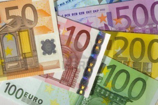 90201-euro-money-banknotes.jpg