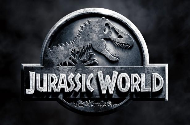 jurassic_world_poster-banner-e1434117101371.jpg (63.01 Kb)